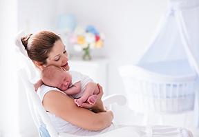 טיפים לאם הטרייה: כך תטפלי בתינוק חדש
